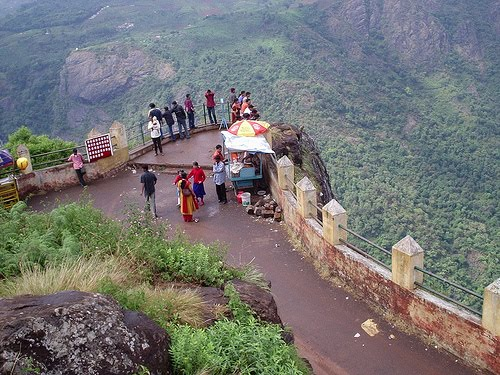 Ooty places to visit after 6 pm